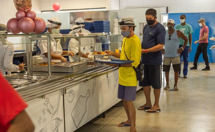 Restaurante Popular passa a servir 1.900 refeições diárias em Lauro de Freitas