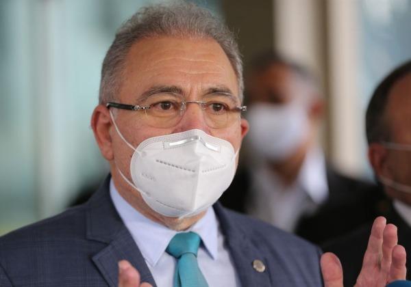 Copa América no Brasil não é 'risco adicional', diz ministro da Saúde