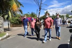 Prefeitura entrega requalificação de ruas em Buraquinho e mesmo com pandemia acelera cronograma de obras
