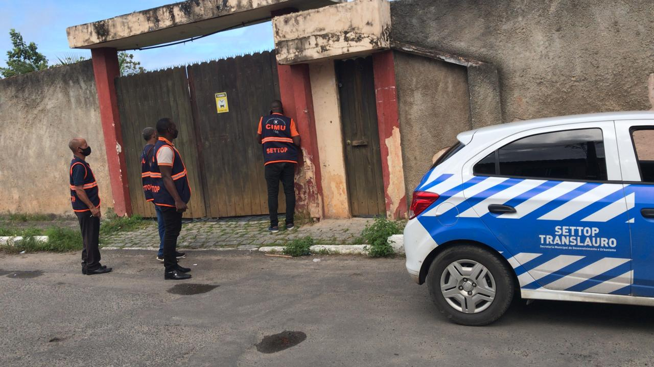 Força-Tarefa interrompe festa clandestina e dispersa aglomerações em Lauro de Freitas