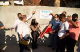 No aniversário de Lauro de Freitas, moradores da Itinga comemoram entrega de pavimentação asfáltica de mais quatro ruas