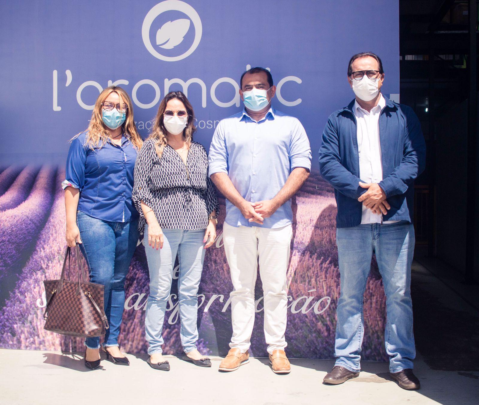 Indústria com atuação exclusiva na Terceirização de Cosmético e Perfumaria recebe visita do Vice-prefeito de Lauro de Freitas e Superintendente de Indústrias, Comércios e Serviços