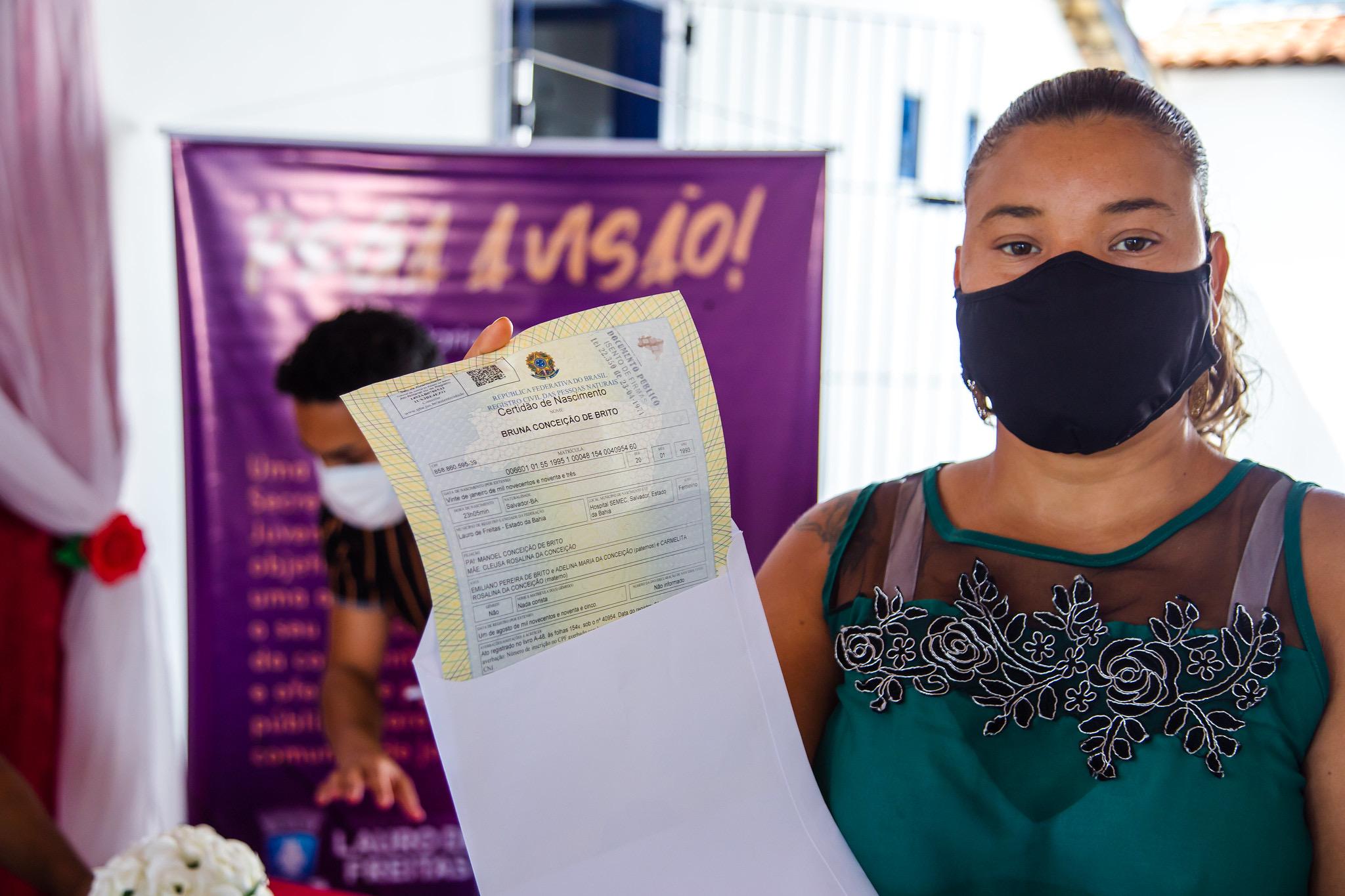 Com a entrega de certidões de nascimento, SEJU leva mais cidadania ao bairro de Portão