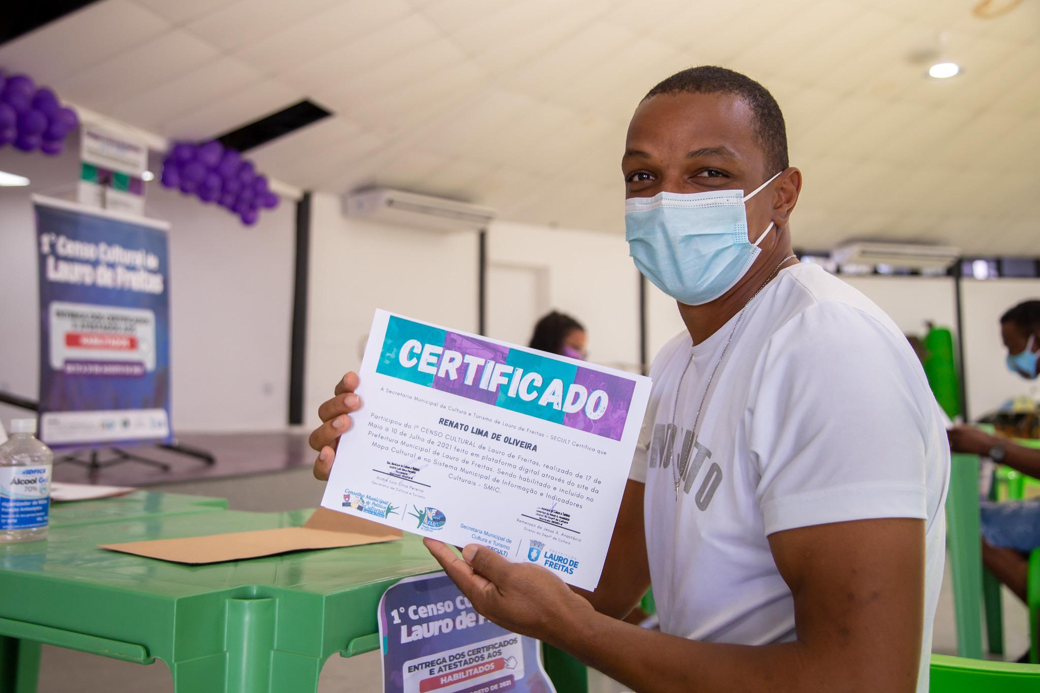 Secult inicia entrega de certificados e atestados a 245 artistas individuais habilitados no 1º Censo Cultural de Lauro de Freitas