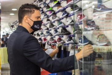 Procon Municipal fiscaliza comércio varejista de Lauro de Freitas na Operação Dia dos Pais