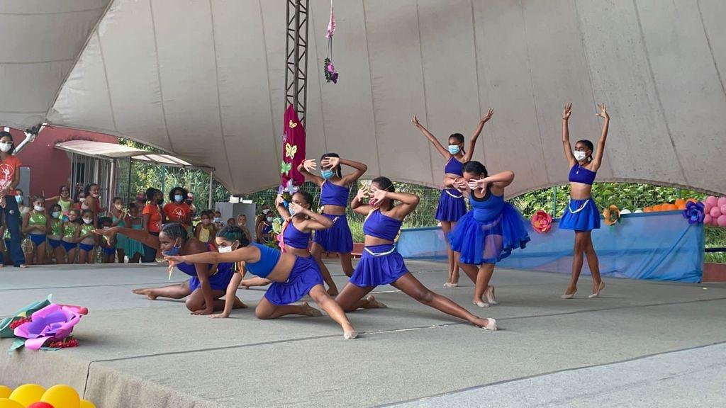 Festival da Primavera tem apresentação de ginástica rítmica com alunas da rede municipal de Lauro de Freitas