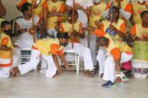 Rede internacional de Capoeira Filhos da Bahia forma 375 crianças e jovens em Lauro de Freitas
