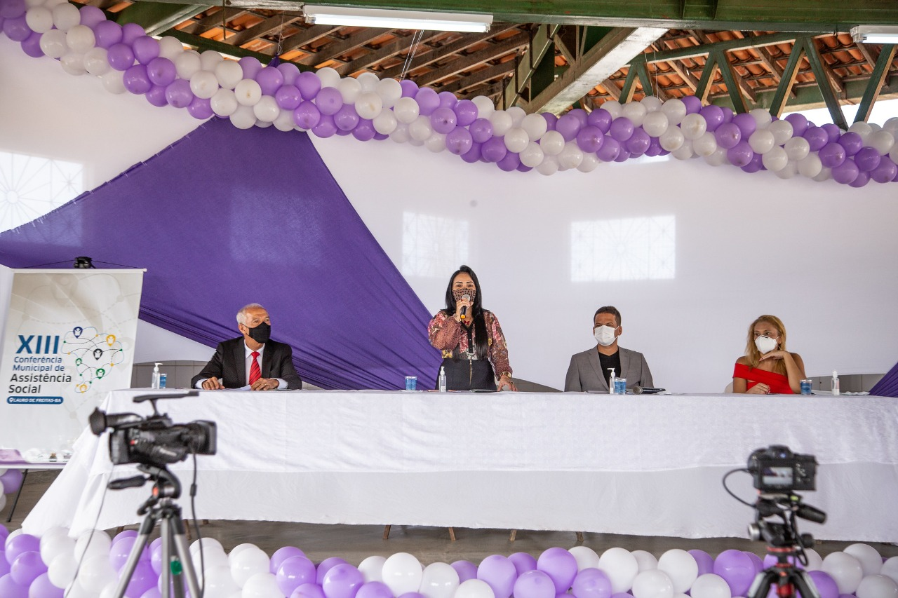 Prefeita de Lauro de Freitas destaca políticas públicas na abertura da 13ª Conferência Municipal de Assistência Social