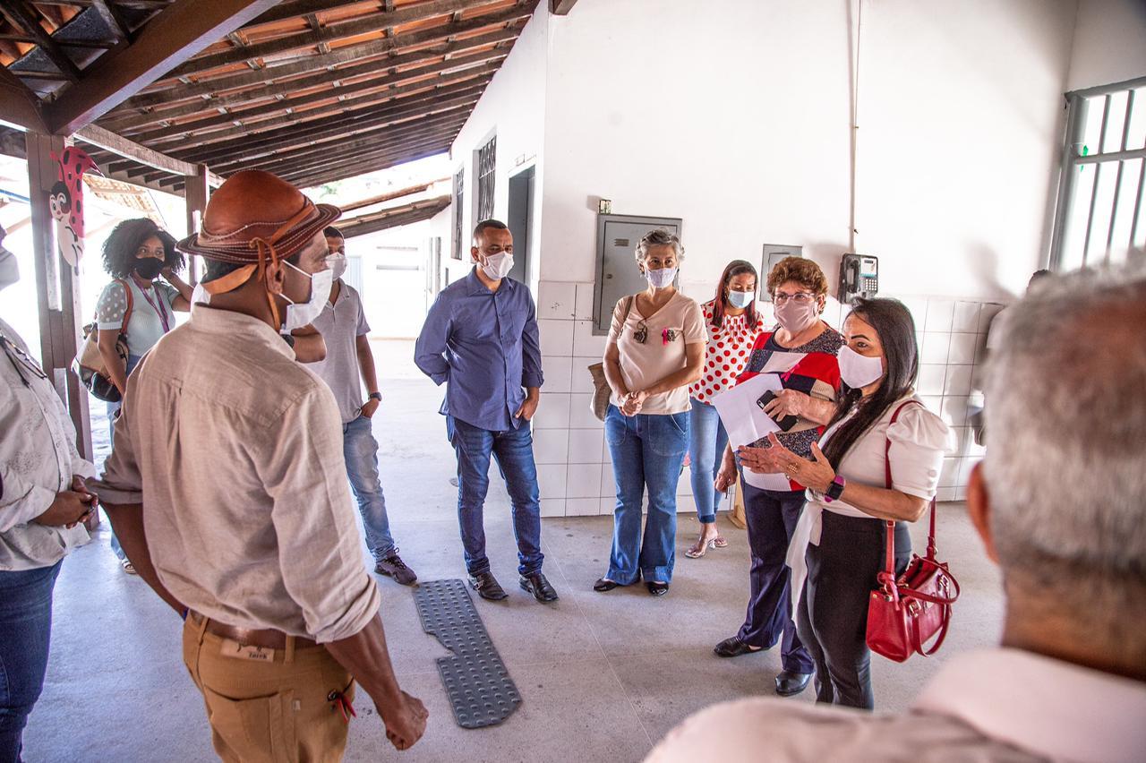 Comissão avalia protocolos de segurança para o retorno às aulas nas escolas da rede municipal em Areia Branca