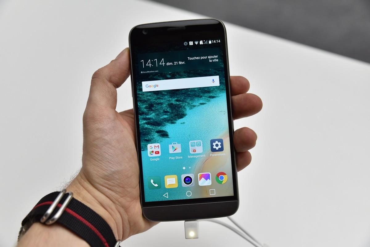 best lg smartphone list 3 most admired handsets of the. Black Bedroom Furniture Sets. Home Design Ideas