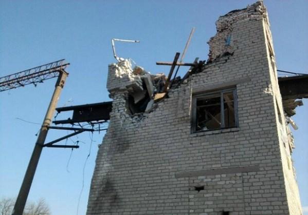Поселок Чернухино после обстрелов фото - Луганск Vgorode.ua