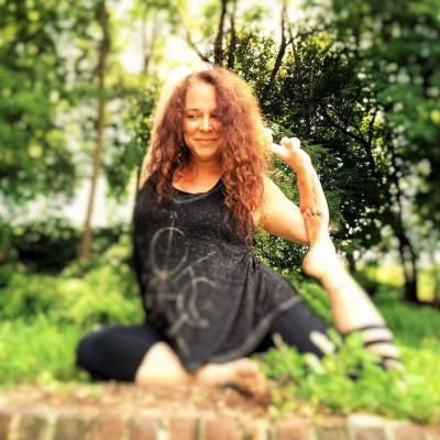 Autumn Yoga Session at LGNC
