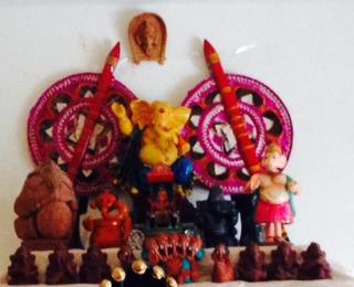Golu 2013 - Step 1 & 2- Offer prayers to the Elephant God - Lord Ganesha Vakratunda Mahakaya, Suryakoti SamaprabhaNirvighnam Kuru Mey Deva, Sarva Karyeshu Sarvada