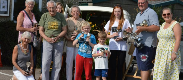 Photo of summer show prizewinners