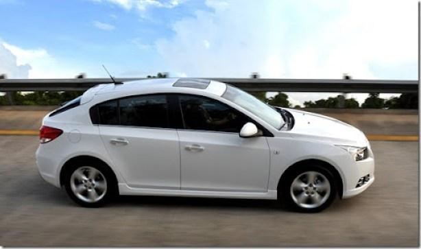 Chevrolet Cruze Sport6 (1)