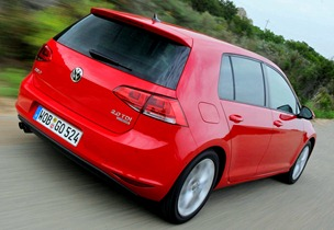 volkswagen_golf_2.0_tdi_bluemotion_5-door_17