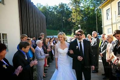 porocni-fotograf-wedding-photographer-poroka-fotografiranje-poroke- slikanje-cena-bled-slovenia-ljubljana-bled-hochzeitsfotografho (51).jpg