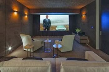 sala-de-cine-casa-laurel-way-Beverly-Hills-California