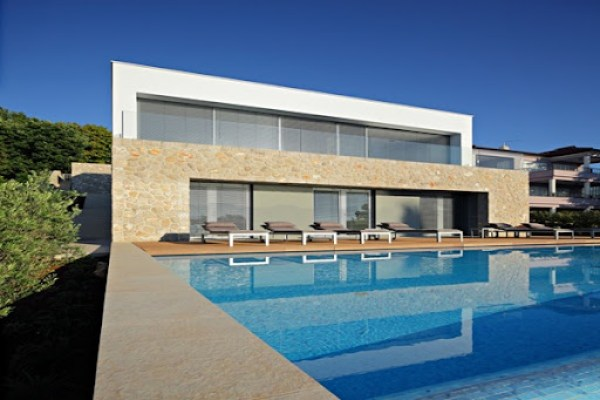 Moderna casa en la isla de Croacia