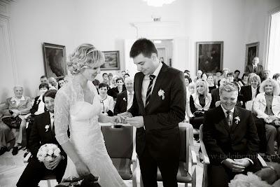 porocni-fotograf-wedding-photographer-poroka-fotografiranje-poroke- slikanje-cena-bled-slovenia-ljubljana-bled-hochzeitsfotografho (61).jpg