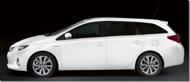 autowp.ru_toyota_auris_touring_sports_2
