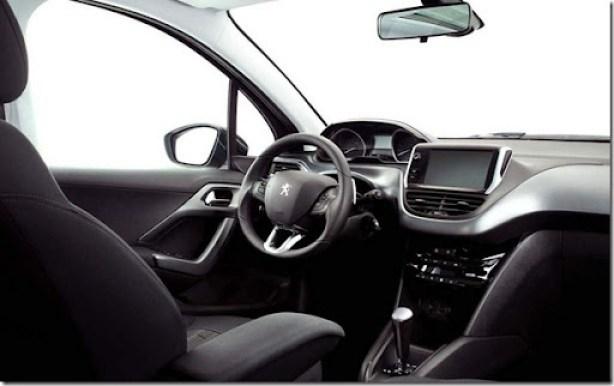 Peugeot 208 2014 (12)