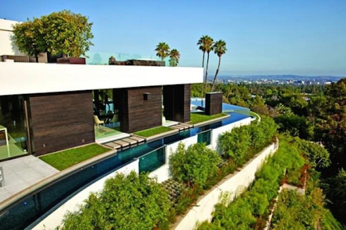 casa-de-lujo-con-piscina-en-Beverly-Hills-California