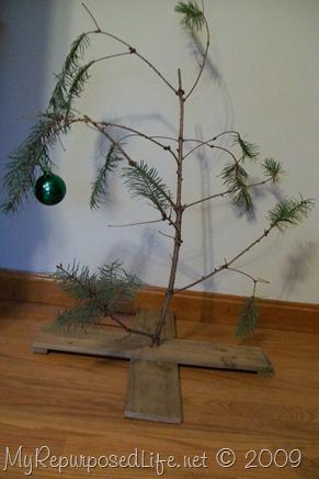 DIY Charlie Brown Christmas tree