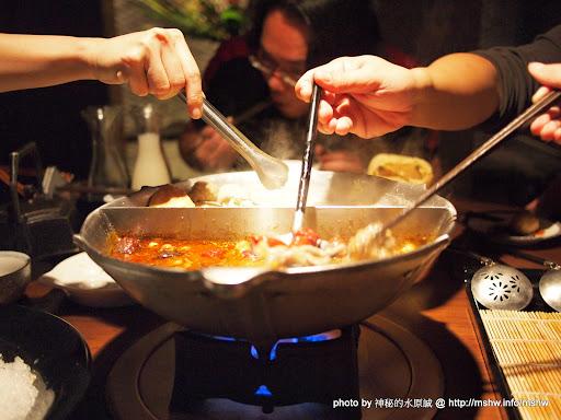 """同樣的鴛鴦鍋!不一樣的鴨血 ~ 台中""""無老養生鍋"""" 中式 區域 台中市 日式 火鍋/鍋物 藥膳 西區 豆腐 飲食/食記/吃吃喝喝 麻辣"""