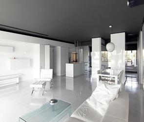 arquitectura minimalista en makrygianni