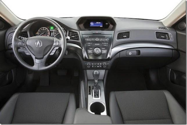 2013-Acura-ILX-19[5]