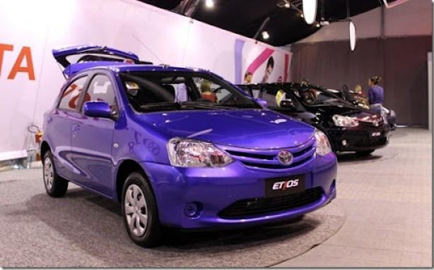 Toyota Etios 2013 - Connection  (24)_1200x746