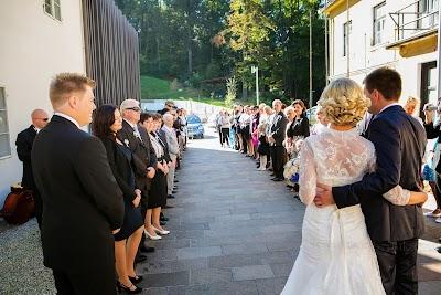porocni-fotograf-wedding-photographer-poroka-fotografiranje-poroke- slikanje-cena-bled-slovenia-ljubljana-bled-hochzeitsfotografho (53).jpg