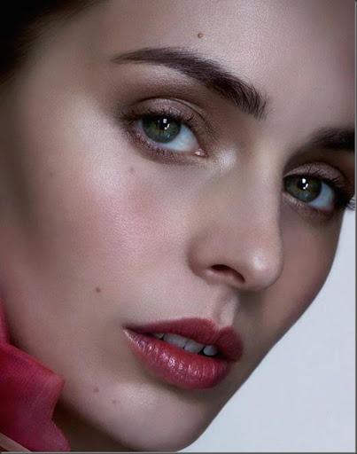 Ami Penfold–Визажист (Make Up Artist) | Sharm