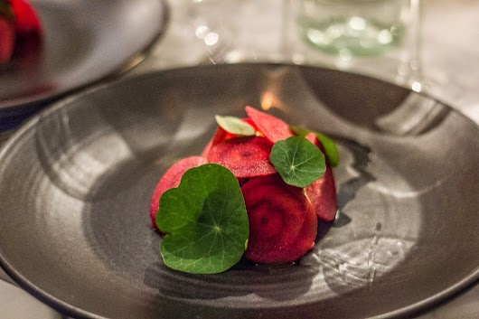 Tartar, rødbede tallerkensmækker - The lobby på kurhotel skodsborg - Mikkel Baekgaards Madblog
