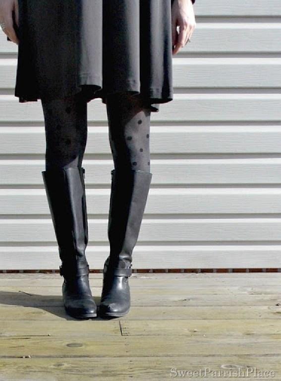 Grey Dreess, plaid scarf, polka dot tights3