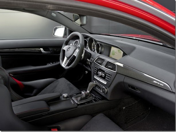 autowp.ru_mercedes-benz_c63_amg_coupe_black_series_3