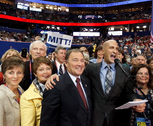 Thomas Wright announces the Utah delegations vote for Mitt Romney at the Republican National Convention