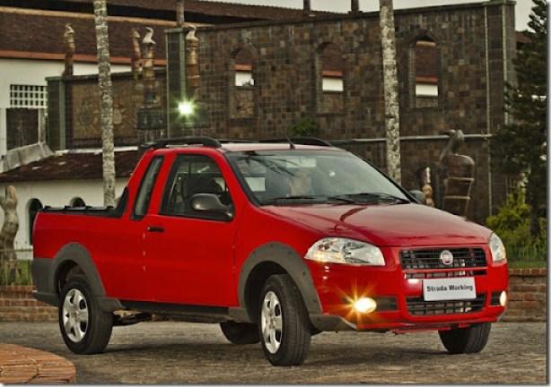 Fiat_strada_working_002CE