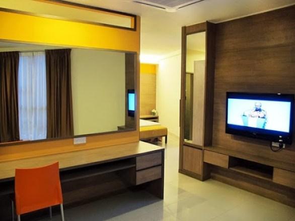LWOT_Hotel7a