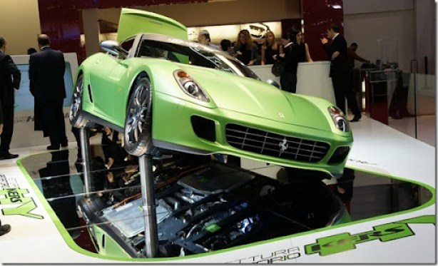 Ferrari-599-HY-KERS-7[2]