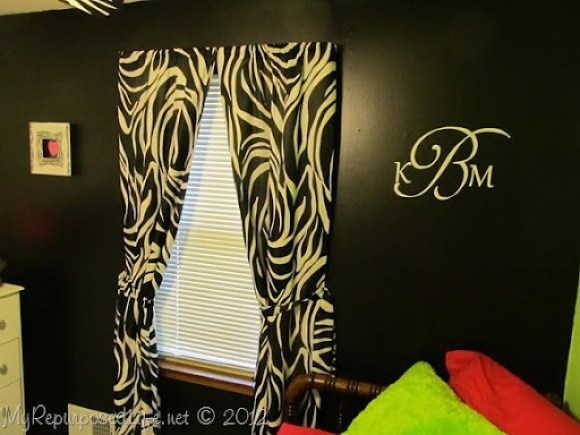 Teen Room Makeover (Zebra Print) (34)