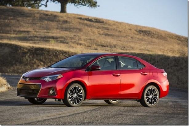 2014-Toyota-Corolla-8[2]
