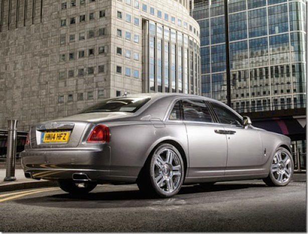 rolls-royce_ghost_10