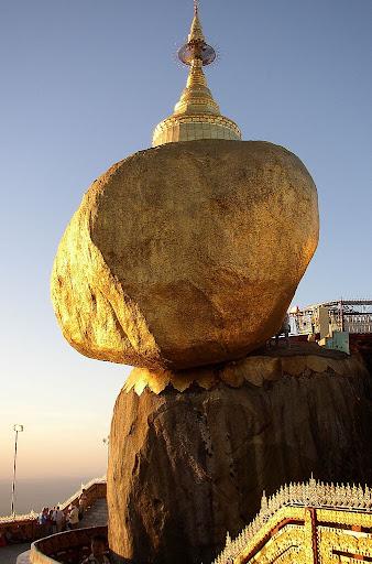 Golden_Rock