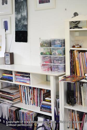Threads shelf