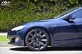 Tesla-Model-S-Nochrome-8