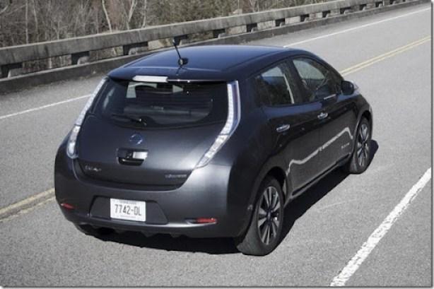 2013-Nissan-Leaf-EV-6[2]
