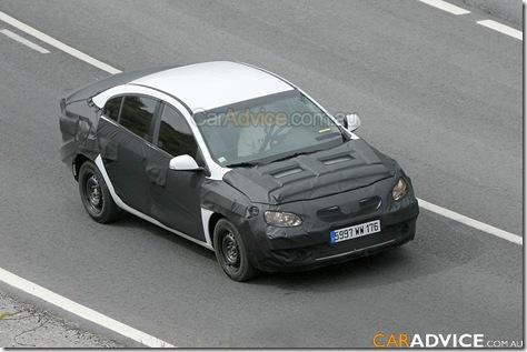 renault-megane-sedan-001