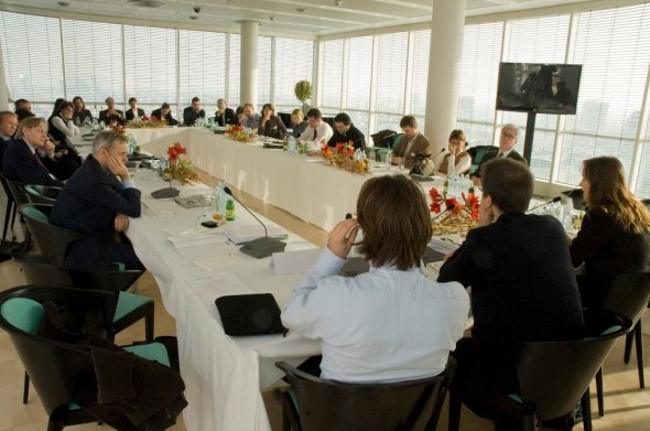 Vienna Seminar 2010 &ndashsession with Nicu Popescu, Gerald Knaus, and Heather Grabbe on the EU and the European neighbourhood. Photo: ERSTE Stiftung